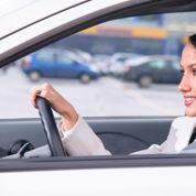 Téléphone au volant: l'oreillette bientôt proscrite