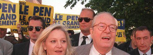 Marie-Caroline Le Pen prend la défense de son père