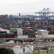 La suspension de la vente du port du Pirée fâche Pékin