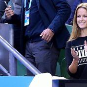 Après les insultes, la compagne d'Andy Murray manie l'humour