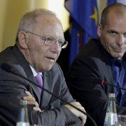 La Grèce choquée dénonce le «chantage» de la BCE