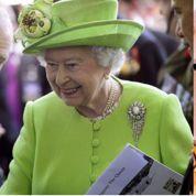 Lettre de James Bond à la Reine d'Angleterre
