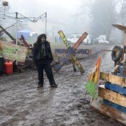 En Isère, pro Center Parcs et zadistes manifestent sans heurts