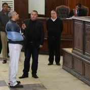 Égypte: les deux journalistes d'al-Jazeera libérés sous caution