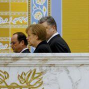 Le voyage de Hollande et Merkel à Minsk pour trouver un accord en Ukraine