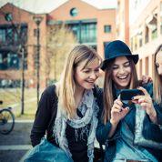 Le smartphone révolutionne les codes de la séduction