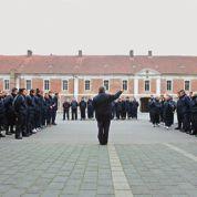 Au centre d'insertion de Cambrai, les jeunes marchent au pas