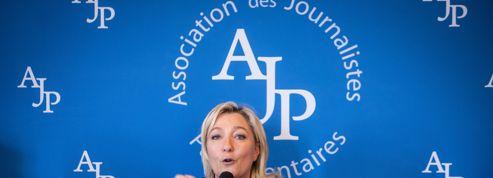 49-3 : Marine Le Pen voterait la censure contre Manuel Valls