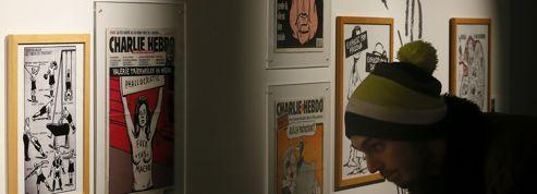 Un collectionneur offre 1178 Charlie Hebdo au musée de la Bande dessinée