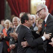 Hollande présente Modiano «à ceux qui n'ont pas connaissance de (ses) ouvrages»