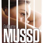 Guillaume Musso présente la couverture de L'Instant présent