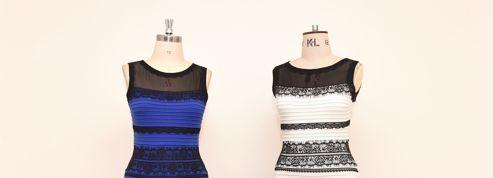 La robe qui affole Internet vendue aux enchères