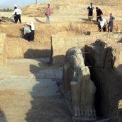 Irak: Daech rase l'antique cité de Nimroud