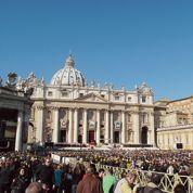 Renzi négocie la fin des comptes secrets à la banque du Vatican