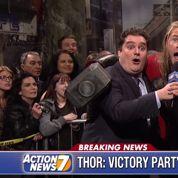 Chris Hemsworth parodie Thor et les Avengers à la télé américaine