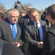 À Fessenheim, Sarkozy condamne le projet de fermeture du site