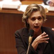 La droite accuse le gouvernement d'avoir dissimulé l'attaque du RER de Juvisy