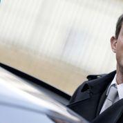 Départementales: Valls repart en campagne