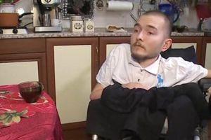 Le Russe Valery Spiridonov, affligé d'une grave maladie dégénérative, est prêt à se faire cobaye pour le Dr Canavero.
