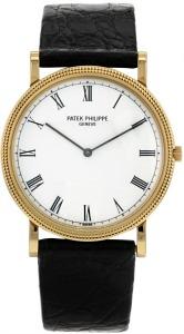 Véritable icône horlogère, la Calatrava est la montre Patek Philippe la  plus vendue dans le monde depuis les années 1930. Cette montre mythique  tient son ... 505ca9b83e2