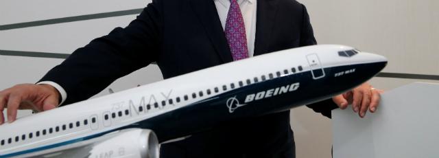 Boeing prend l'avantage sur Airbus au deuxième jour du Bourget