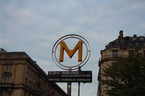 À proximité du métro Invalides, les loyers sont les plus élevés de la capitale. (Crédit photo: Luis Villa)