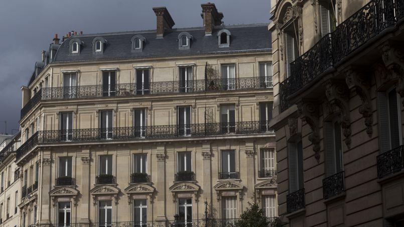 Aujourd'hui, à Paris, le mètre carré moyen se paye 8080€ contre 8460€, le niveau record atteint l'été dernier. Un recul de 4,5%.