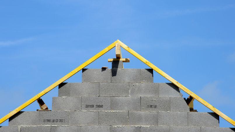 La construction d'un premier lotissement de 24 maisons devrait débuter en 2014 à Aimargues dans le Gard.