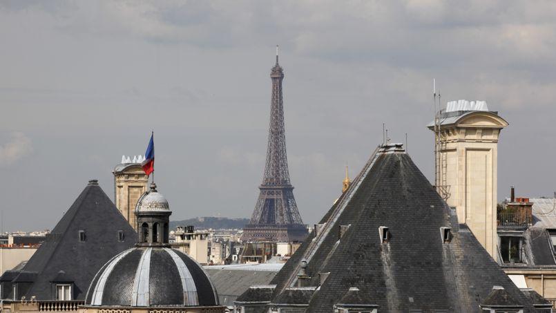 La valeur de la Tour Eiffel oscille selon les étude de 2,8 milliards à 434 milliards d'euros. Crédit photo: François Bouchon/Le Figaro.