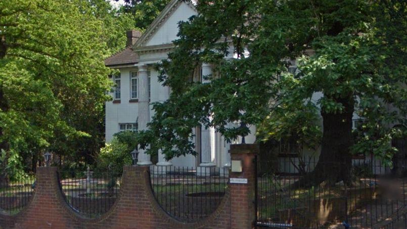 Une demeure abandonnée Avenue Bishops et visitée par le journaliste Robert Booth du <i>Guardian</i> .Crédits photo: Google Maps.