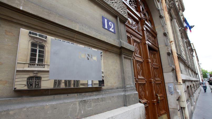 Les deux hôtels particuliers qui abritent le Centre national du cinéma à Paris devraient être vendus.