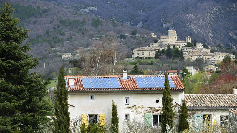 C'est notamment la filière photovoltaïque, où les subventions aux particuliers ont fortement reculé, qui cristallise les plus grosses déceptions. Crédit: iStock