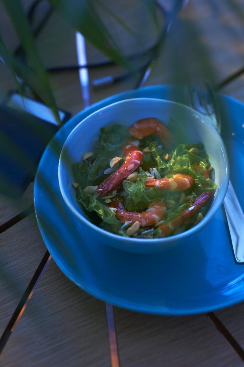 Recette crevettes sautées à la laitue de mer - Le Figaro Madame