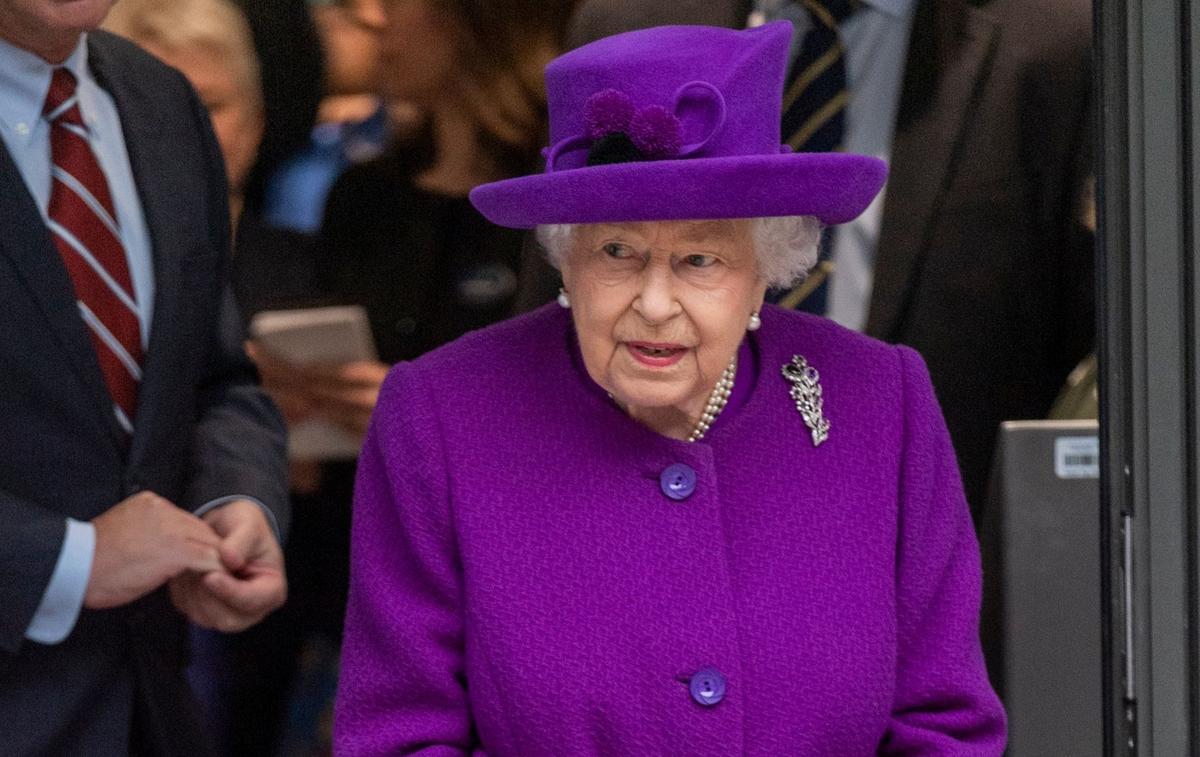 Elizabeth II organise une réunion d'urgence en vue de l'interview de Meghan et Harry - Le Figaro