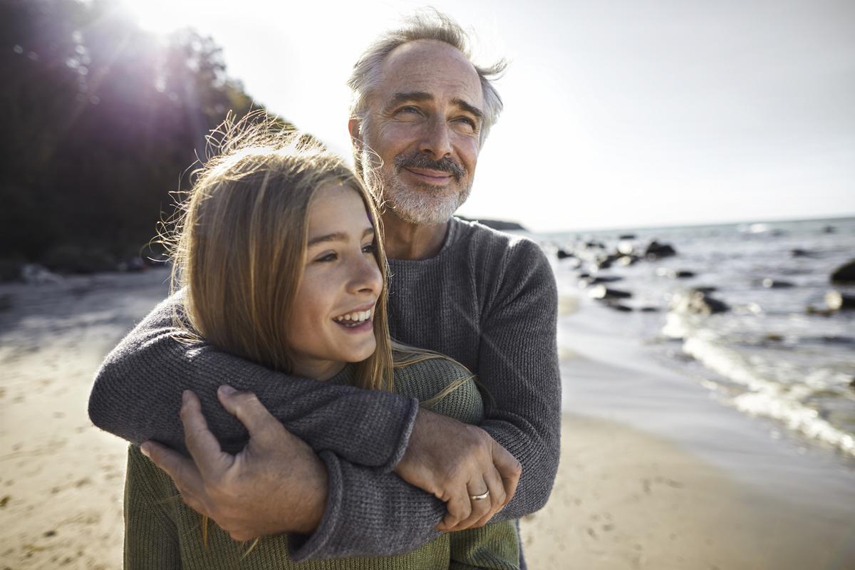 """Alain Braconnier : """"Les pères ont une influence décisive sur l'avenir de leurs filles, sur la femme qu'elles deviendront"""""""
