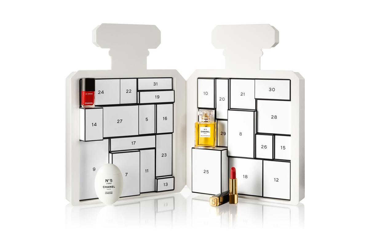 Chanel dévoile son tout premier calendrier de l'Avent pour les 100 ans du N°5