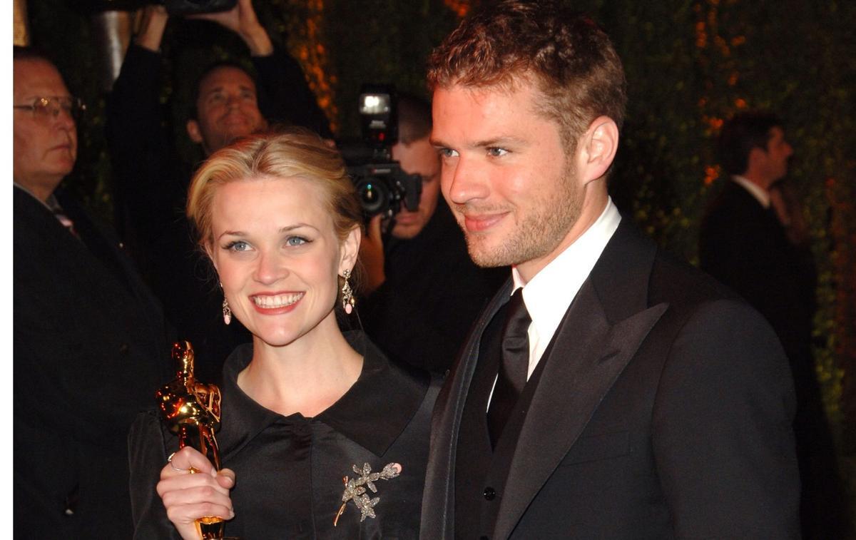 """""""On s'en est plutôt bien sortis"""" : Reese Witherspoon et Ryan Phillippe réunis pour les 18 ans de leur fils Deacon"""
