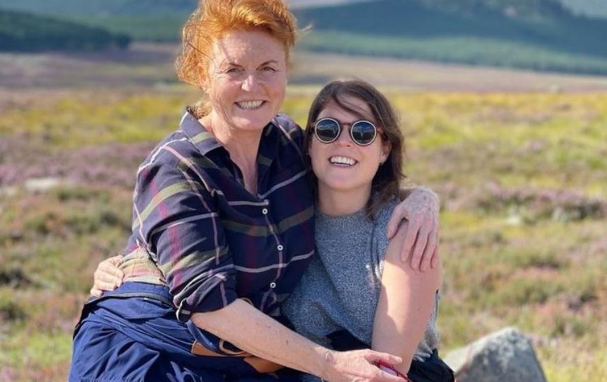 Mère et fille enlacées, la tendre photo publiée par la princesse Eugenie pour l'anniversaire de Sarah Ferguson