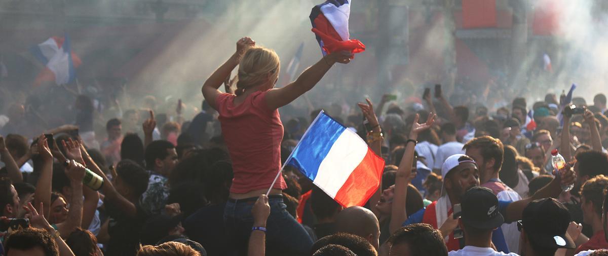 """""""Les mecs sont devenus incontrôlables"""" : récit des agressions sexuelles en marge de la victoire des Bleus"""
