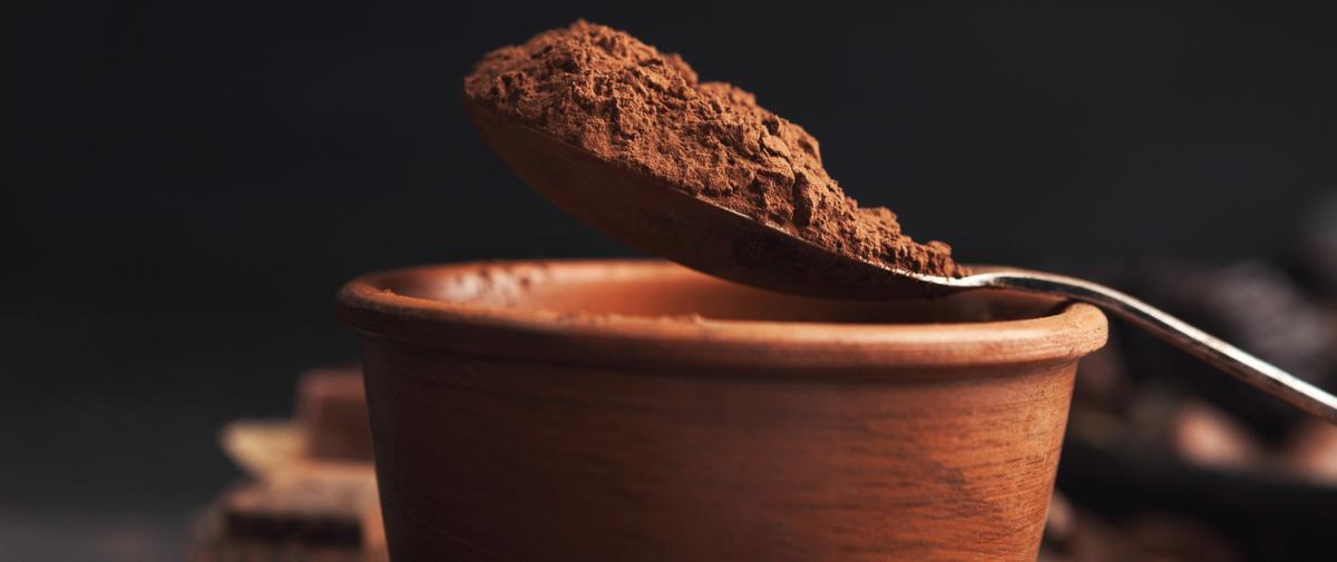 Plus fort que la grenade, plus puissant que l'açaï : les bienfaits du cacao cru