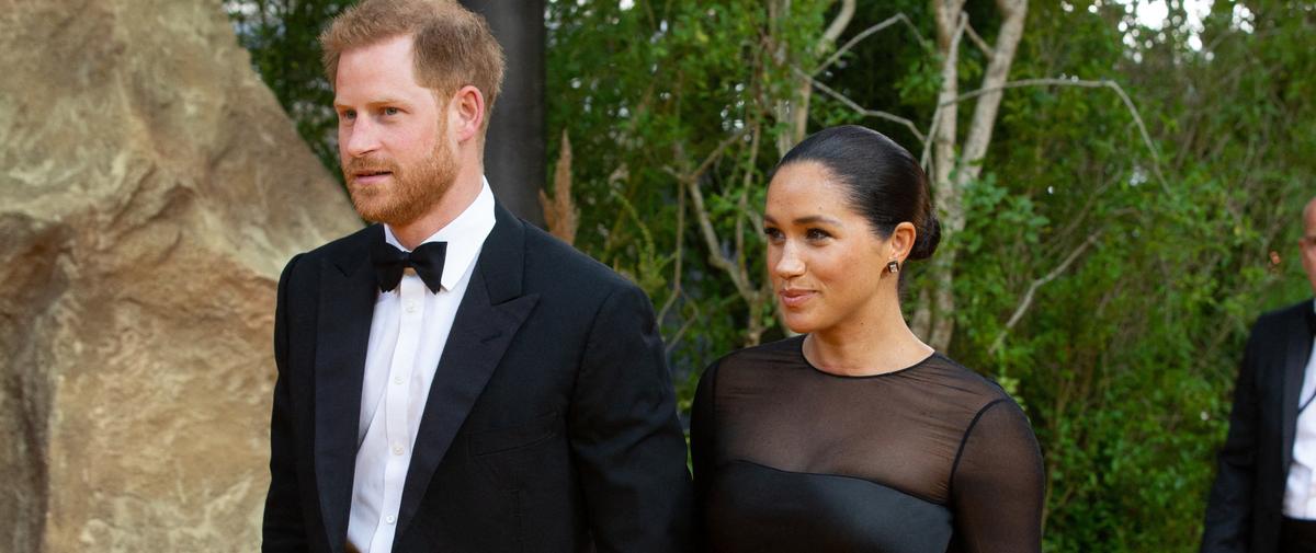 """Le comportement du couple Sussex,""""un désastre pour l'image de Buckingham Palace"""" ?"""