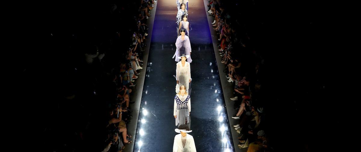 Diversité, climat, Brexit : quand la politique tire les ficelles de la Fashion Week