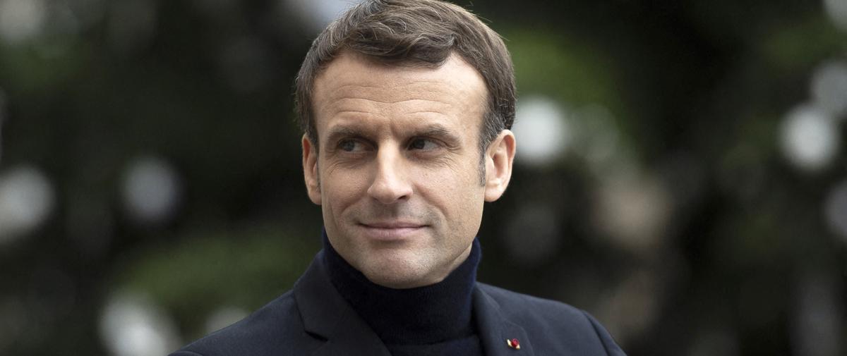 Emmanuel Macron et le col roulé qui défraie la chronique