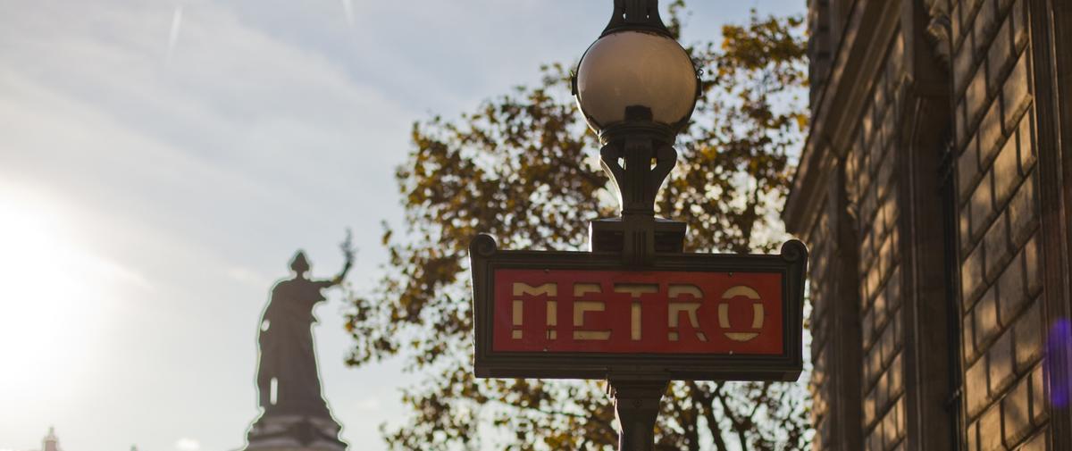 Et si le métro parisien mettait davantage à l'honneur les femmes qui ont marqué l'histoire ?