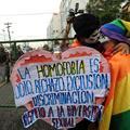Un baiser contre l'homophobie