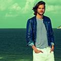 Ashton Kutcher, Colcci dans les baies