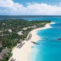 Soleil, plage et lagons bleus