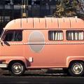 """Un """"beauty truck"""" en vadrouille dans Paris"""