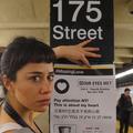Elle couvre le métro new-yorkais d'affiches pour retrouver son amour