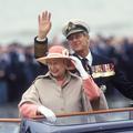 Elizabeth II en visite d'État en France pour l'anniversaire du Débarquement